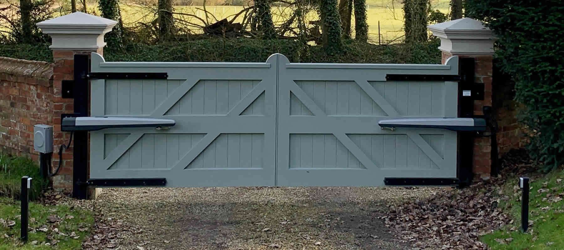electric gates Lutterworth